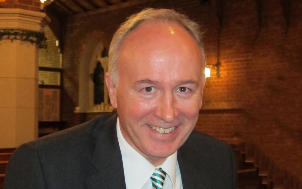 Prof Simon Lee crop 2